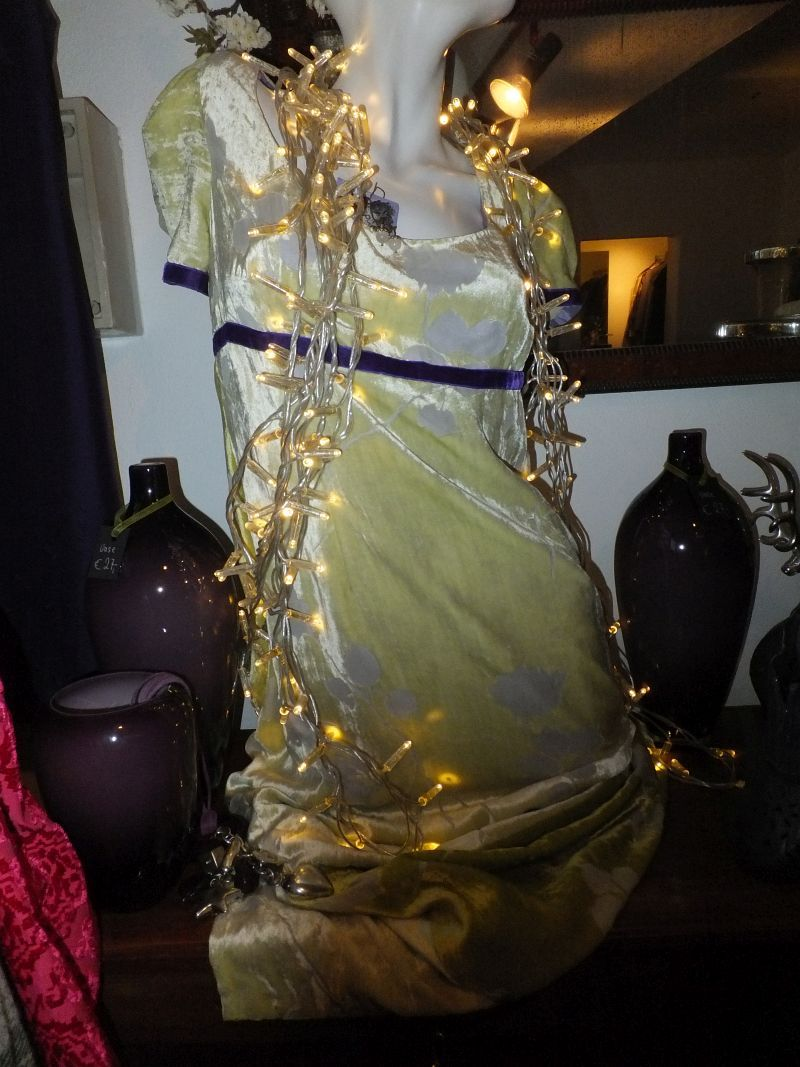 Secondhand Abendkleid Archive Secondhand Munchen Fashion And Fantasy