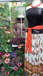 damen-secondhandladen-muenchen-fashion-and-fantasy-annette-schlagheck-impressionen-800w-20180818_105617